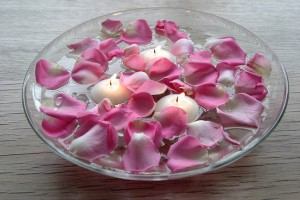 candles-centerpiece-table-decorating-ideas-valentines-day-19