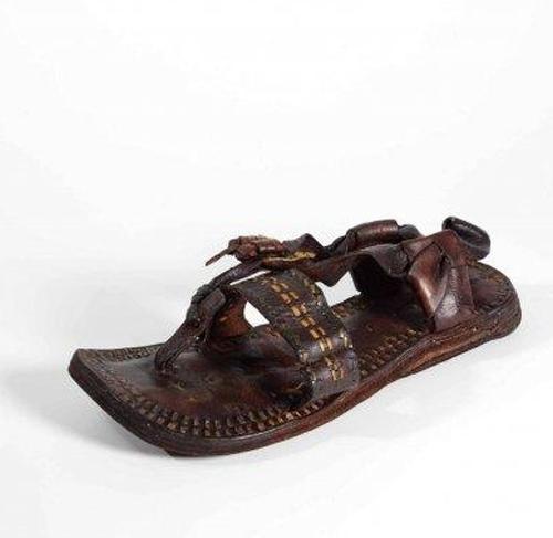 The Sandal of the Prophet Muhammad (PBUH)
