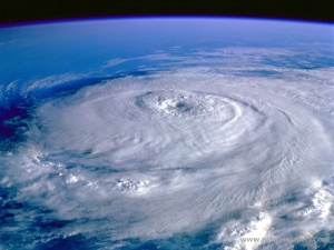 eye_of_the_storm_hurricane_elena_september_1-800x600