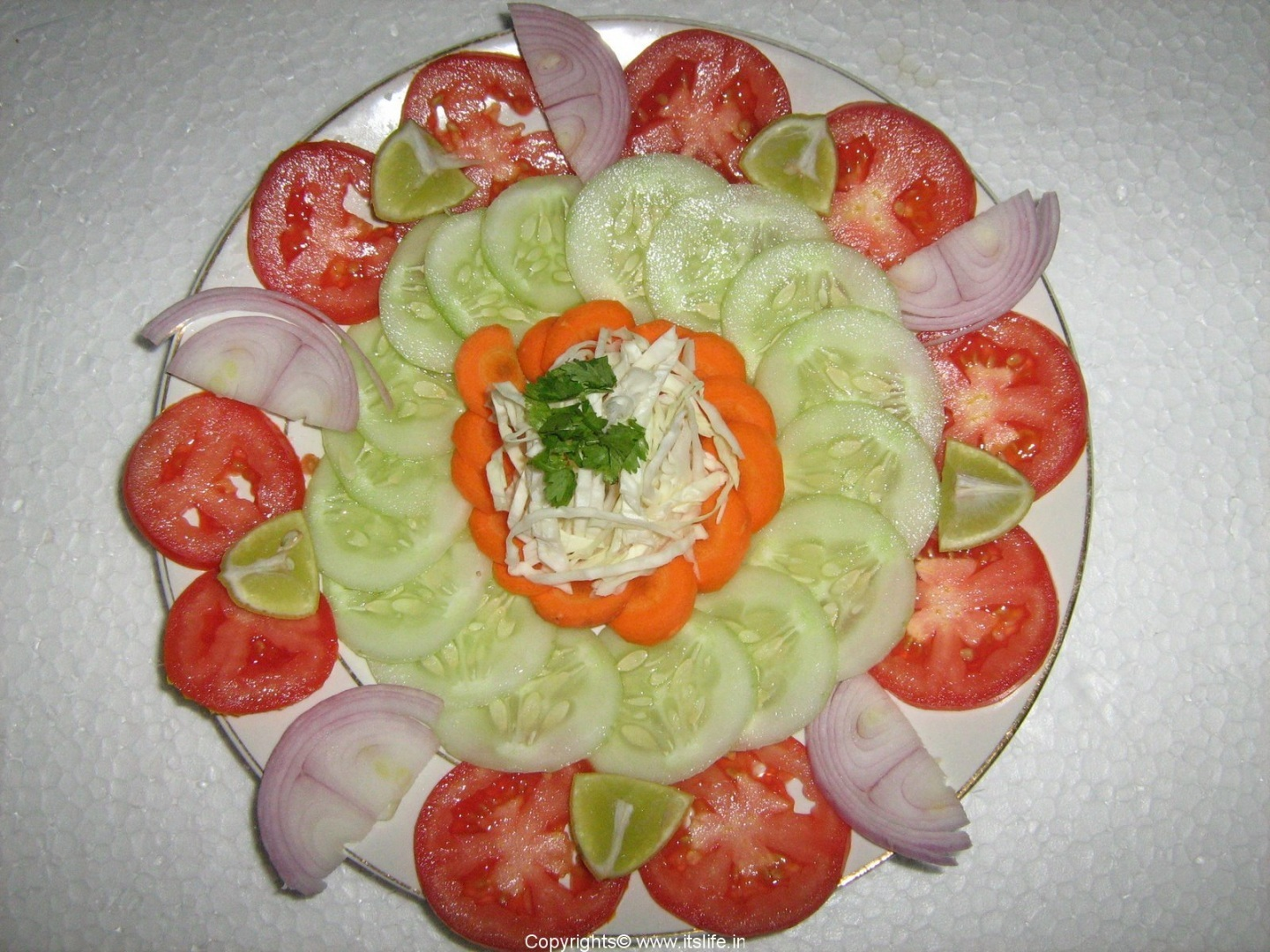 How to decorate the salad under a fur coat 3
